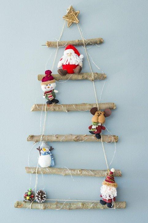 + de 50 ideas de Árboles de Navidad con materiales reciclados: Árbol de Navidad Reciclado